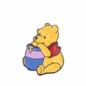 ✨✨✨Brand New! Winnie The Pooh Enamel Pin✨✨✨